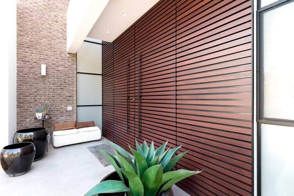 מדריך שימושי לבחירת דלתות חוץ בעיצוב אישי